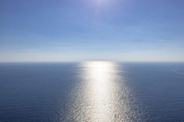 sea_blue 1977898_640