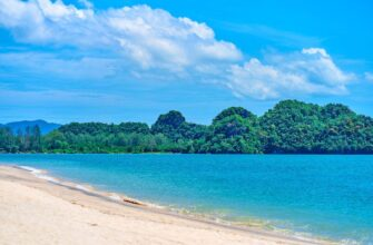 ostrov Langkavi otkroetsya s noyabrya langkawi coast natural landscape tropical beach